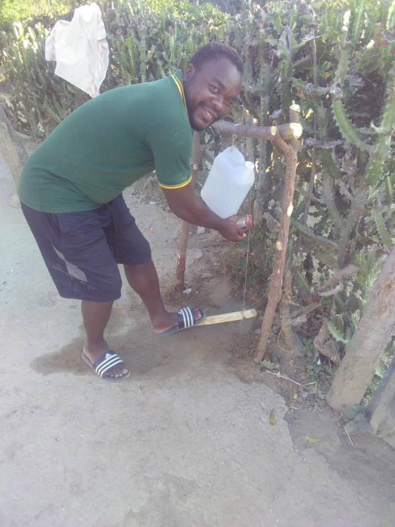 Haiti Tippy tap 1